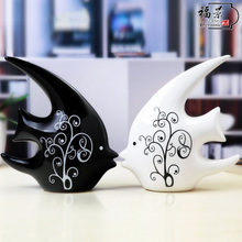 Home decoration, living room decoration, creative couple fish gift, simple modern TV cabinet handicraft decoration