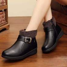 Winter mother's short boots, flat sole, plush and antiskid women's shoes