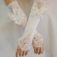 Свадебные перчатки Hi source st16003