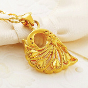 Zhou Dafu Blazer gold necklace woman 18K Gold Pendant hoist female peacock Pendant