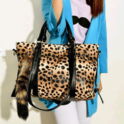 European and American fashion fox's tail ornaments leopard bag 2014 new trend of portable shoulder cross bag