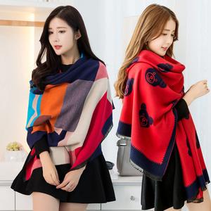 围巾女春秋冬季韩版百搭披肩外套两用超大仿羊绒加厚冬天长款披风围巾