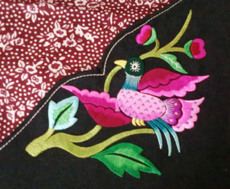 Skillfully embroidered 003