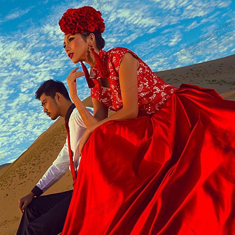 敦煌维纳新娘甘肃敦煌鸣沙山一对一个性婚纱摄影